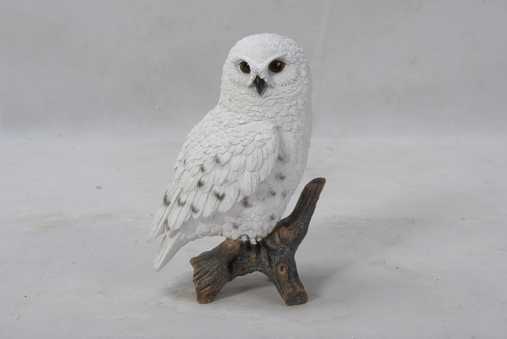 Snowy Owl On Stump Small, 4 and 75 inch x 3 and 5 inch x 6 and 75 inch